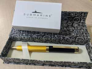 Submarine Gold with box